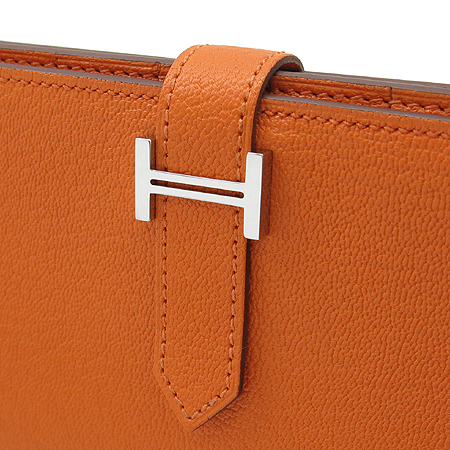 Hermes(에르메스) H은장 로고 장식 신형 베안 장지갑 [압구정매장]