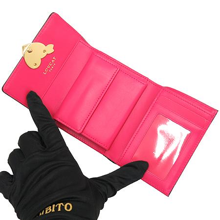 LOVCAT(러브캣) 하트 로고 블랙 페이던트 반지갑