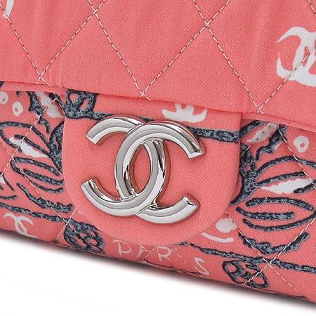 Chanel(샤넬) 은장 COCO로고 까멜리아 프린팅 패브릭 은장 체인 숄더백 [명동매장]