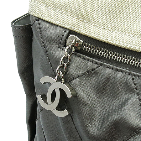 Chanel(샤넬) 비아리츠 멀티 포켓 패브릭 숄더백
