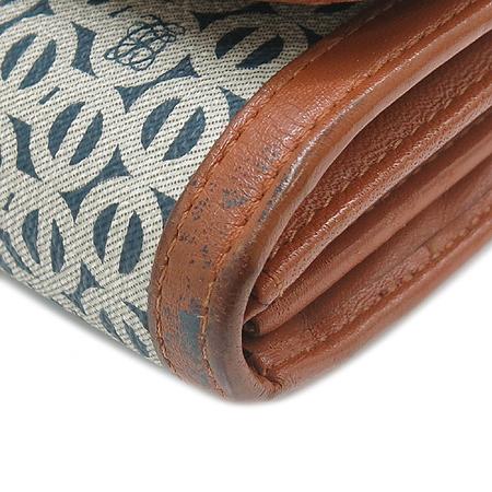 Louis_Quatorze(루이까또즈) 로고 시그니처 PVC 래더 트리밍 3단 장지갑