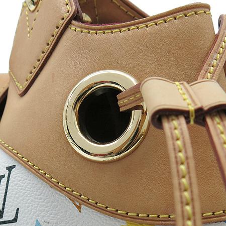 Louis Vuitton(루이비통) 모노그램 멀티컬러 화이트 우슐라 GM