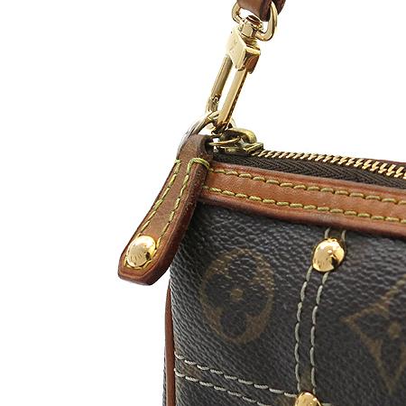 Louis Vuitton(루이비통) M40141 모노그램 캔버스 리미티드 포쉐트 악세서리 리베팅 파우치 숄더백 [명동매장] 이미지4 - 고이비토 중고명품
