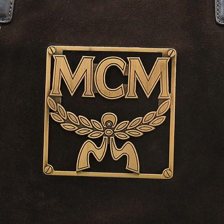 MCM(엠씨엠) 1011071010124 브라운 래더 골드 메탈릭 트리밍 위빙 핸들 토트백
