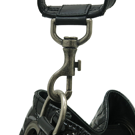 Dior(크리스챤디올) VYN44481 블랙 페이던트 퀼링 숄더백 이미지4 - 고이비토 중고명품