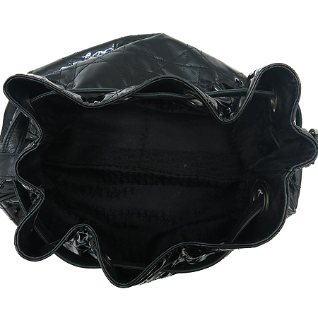 Dior(크리스챤디올) VYN44481 블랙 페이던트 퀼링 숄더백 이미지6 - 고이비토 중고명품