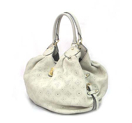 Louis Vuitton(루이비통) M95715 마히나 레더 XL 토트백  [대전본점] 이미지2 - 고이비토 중고명품