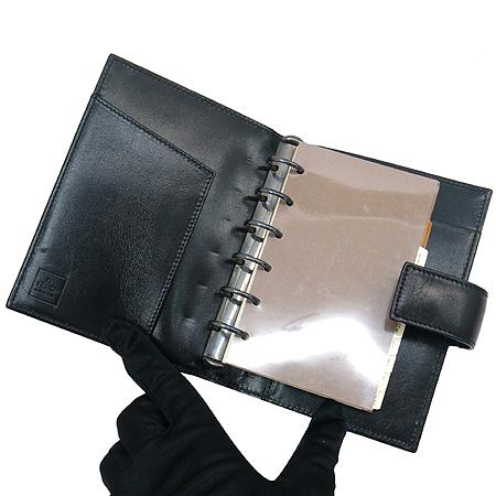 Fendi(펜디) 7A0011 00NY2 F0RQ5 FF로고 쥬카 패브릭 블랙래더 혼방 다이어리 이미지4 - 고이비토 중고명품