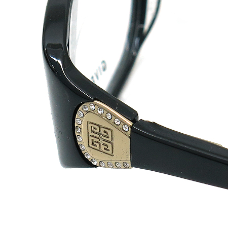 GIVENCHY(지방시) VGV649S 측면 금장 로고 장식 뿔테 안경 이미지5 - 고이비토 중고명품