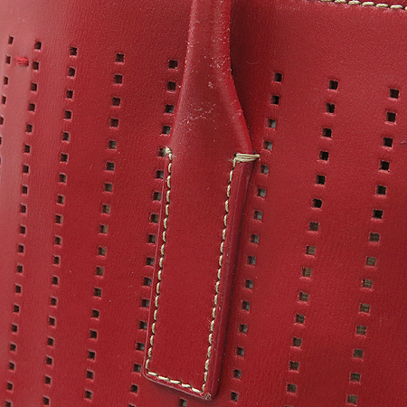 Prada(프라다) 레드 래더 퍼포 토트백