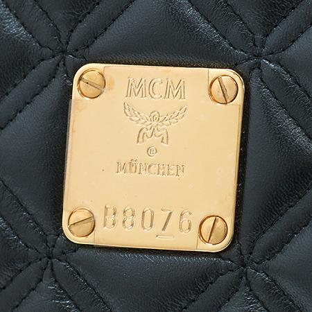 MCM(엠씨엠) 1016052040311 금장 블랙 래더 퀼팅 바켓 토트백 이미지4 - 고이비토 중고명품