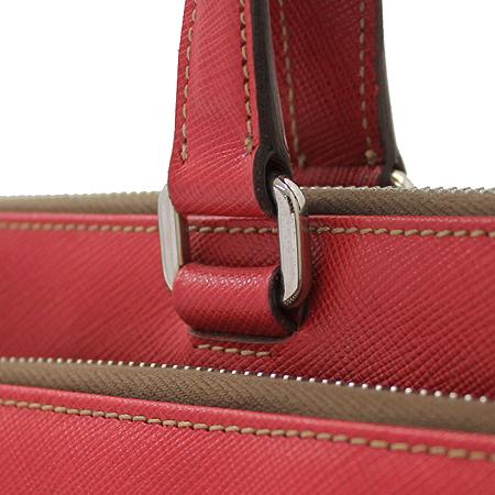 Prada(프라다) VR0023 레드 사피아노 삼각 은장로고 짚업 서류가방 이미지5 - 고이비토 중고명품