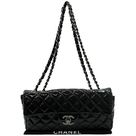 Chanel(샤넬) 블랙 페이던트 클래식 S사이즈 은장 체인 숄더백 [압구정매장]