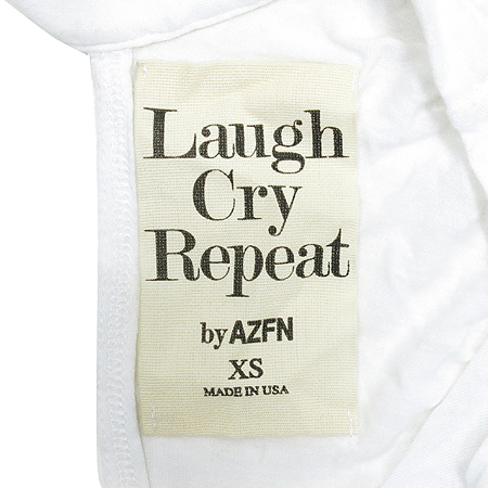 Laugh Cry Repeat 티(Made In USA)