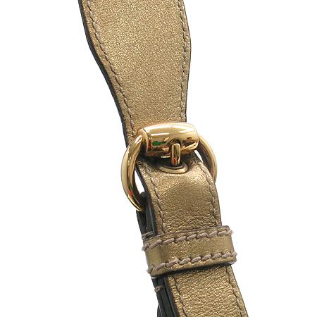 Gucci(구찌) 211965 금장 로고 장식 GG로고 PVC 골드 매탈릭 호보 숄더백 [명동매장]