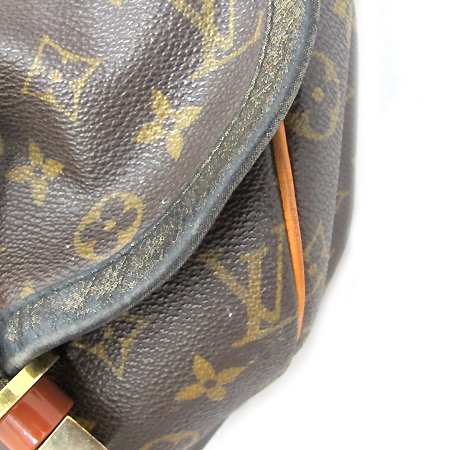 Louis Vuitton(루이비통) M97015 모노그램 캔버스 칼라하리 GM 숄더백