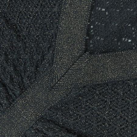 Calvin Klein(캘빈클라인) 메탈릭 소재 나시