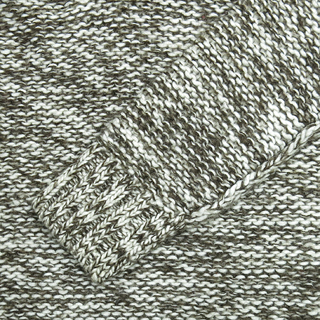Calvin Klein(캘빈클라인) V넥 후드 니트 이미지3 - 고이비토 중고명품