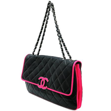 Chanel(샤넬) COCO 로고 장식 핑크 스티치 램스킨 은장 체인 숄더백 [명동매장]