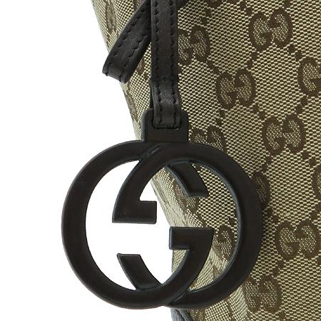 Gucci(구찌) 247237 가죽 인터로킹 G장식 미디움 숄더백