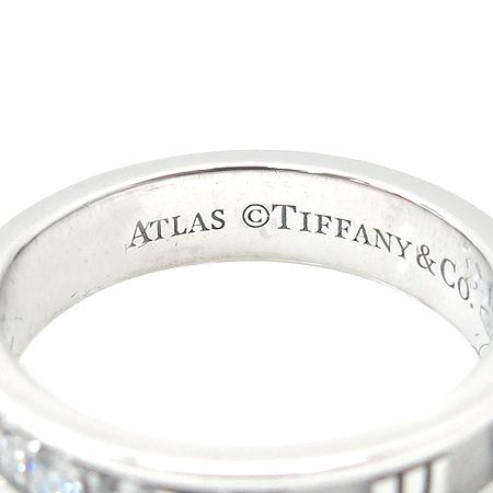 Tiffany(티파니) 18K 화이트 골드 아틀라스 3포인트 다이아 반지 이미지2 - 고이비토 중고명품
