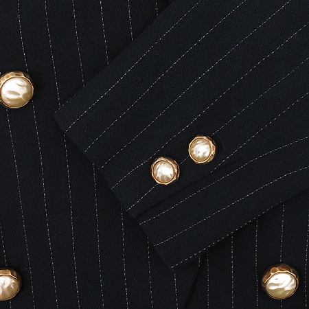 DKNY(도나카란) 금장버튼 자켓