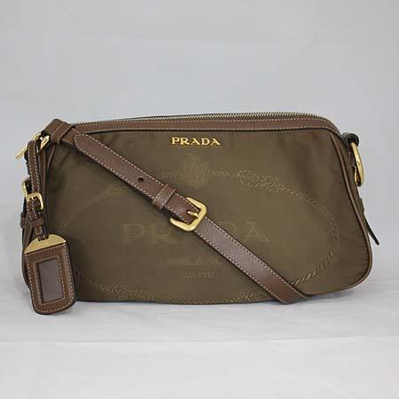 Prada(프라다) 밀라노 패브릭 다크브라운 사피아노 레더 트리밍 금장로고 숄더백