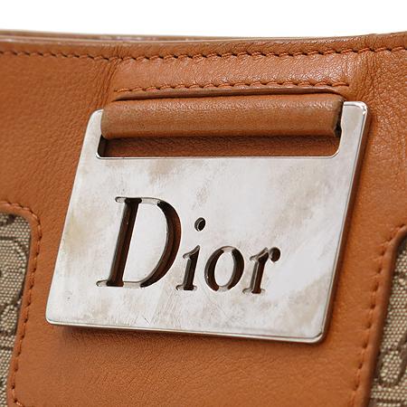 Dior(크리스챤디올) 은장 로고 장식 브라운 레더 트리밍 자갸드 토트백 이미지5 - 고이비토 중고명품
