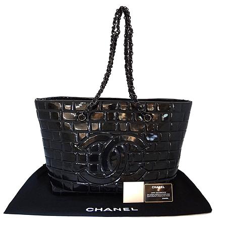 Chanel(샤넬) COCO 빅 로고 장식 페이던트 퀼팅 체인 쇼퍼 숄더백 [일산매장] 이미지5 - 고이비토 중고명품