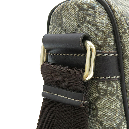 Gucci(구찌) 246881 GG로고 PVC 메신저 투포켓 크로스백 이미지5 - 고이비토 중고명품