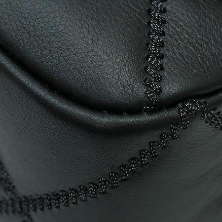Chanel(샤넬) COCO 은장 로고 장식 스티치 은장 체인 숄더백 [명동매장] 이미지6 - 고이비토 중고명품