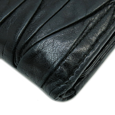 MiuMiu(미우미우) 5M1107 MATELASSE LUX(마테라쎄 럭스) 블랙 레더 장지갑