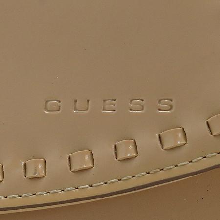 Guess(게스) 베이지 레더 미니 파우치 숄더백
