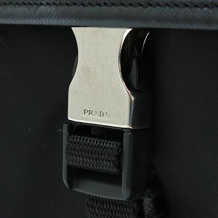 Prada(프라다) 은장 로고 장식 블랙 패브릭 멀티 포켓 크로스백 이미지4 - 고이비토 중고명품