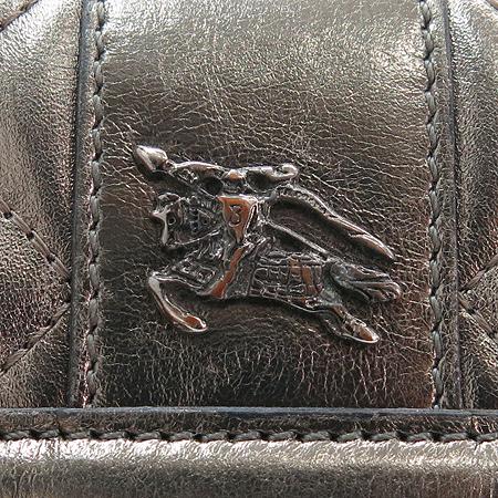 Burberry(버버리) 프로섬 로고 장식 메탈릭 퀼팅 스티치 반지갑 이미지2 - 고이비토 중고명품