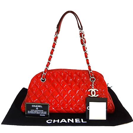 Chanel(샤넬) A50557Y06830 마드모아젤 페이던트 M사이즈 볼링 숄더백 [일산매장]