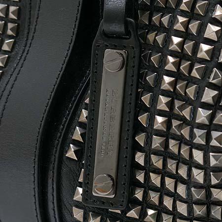 Burberry(버버리) 블랙 레더 프로섬 스터드 토트백 [강남본점] 이미지5 - 고이비토 중고명품