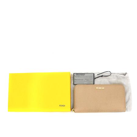 Fendi(펜디) 8M0299 금장 로고 장식 베이지 레더 애프리콧 짚업 장지갑