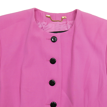 Escada(에스까다) 핑크 컬러 라운드 넥 자켓