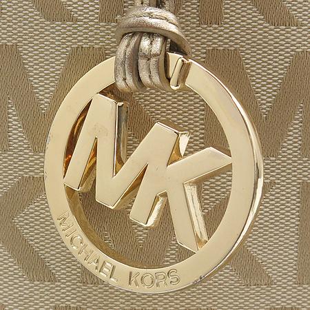 MICHAELKORS(마이클 코어스) MK 이니셜 자가드 골드 브론즈 스트랩 숄더백