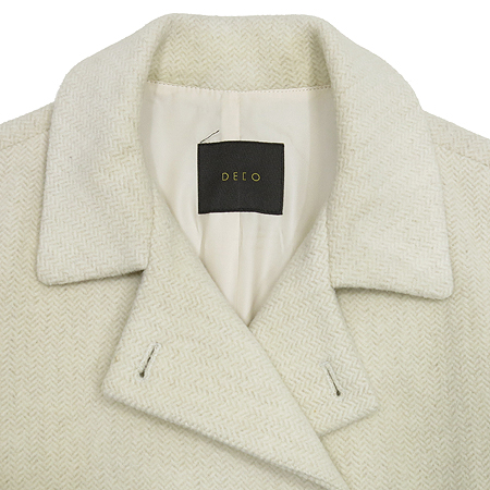 DECO(데코) 아이보리 컬러 하프 코트