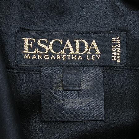 Escada(에스까다) 블랙 컬러 자수 실크 브라우스