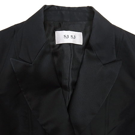 System(시스템) 블랙 컬러 자켓 (배색:실크)