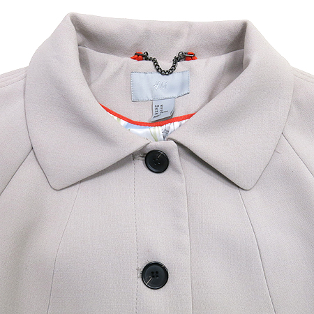 H&M(에이치엔엠) 그레이 컬러 반코트