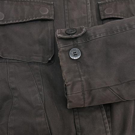 Calvin Klein(캘빈클라인) 카키 컬러 점퍼 이미지4 - 고이비토 중고명품
