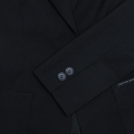 ON&ON(온엔온) 블랙 컬러 1버튼 자켓