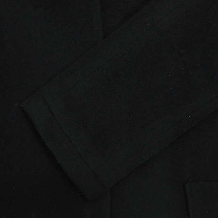 System(시스템) 블랙 컬러 반코트
