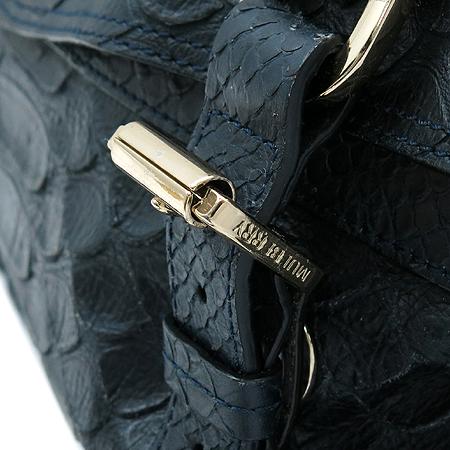 MULBERRY(멀버리) HH8490 나이트 쉐이드 블루 파이손 패턴 레더 시즌 컬렉션 알렉사 오버라지 2WAY [명동매장] 이미지5 - 고이비토 중고명품
