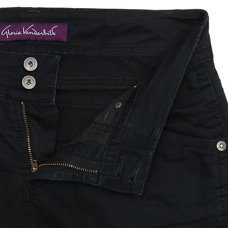 GLORIA VANDERBILT(글로리아 반더빌트) 블랙 컬러 바지