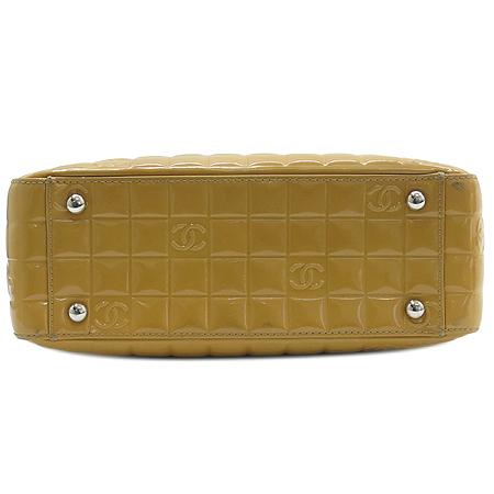 Chanel(샤넬) 옐로우 페이던트 스퀘어 토트백 이미지5 - 고이비토 중고명품